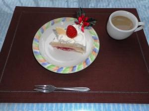 H27.12.10クリスマスケーキ (2)