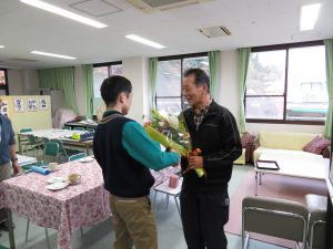 12花束贈呈