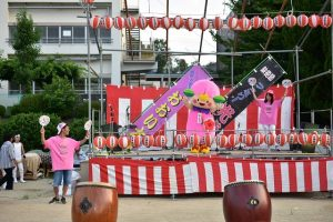 喜志西小学校 夏祭り ももかちゃん大はしゃぎ