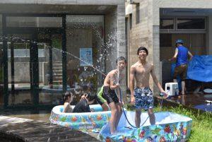 夏休みの思い出絵日記風ブログ ② ~プール遊び~